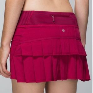 Lululemon Pace Setter pleated Skort In bumbleberry